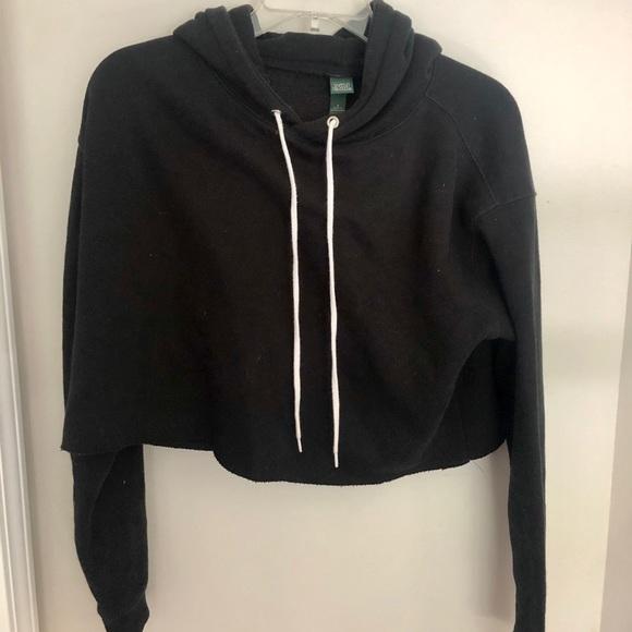 wild fable Tops - Black Cropped Sweatshirt